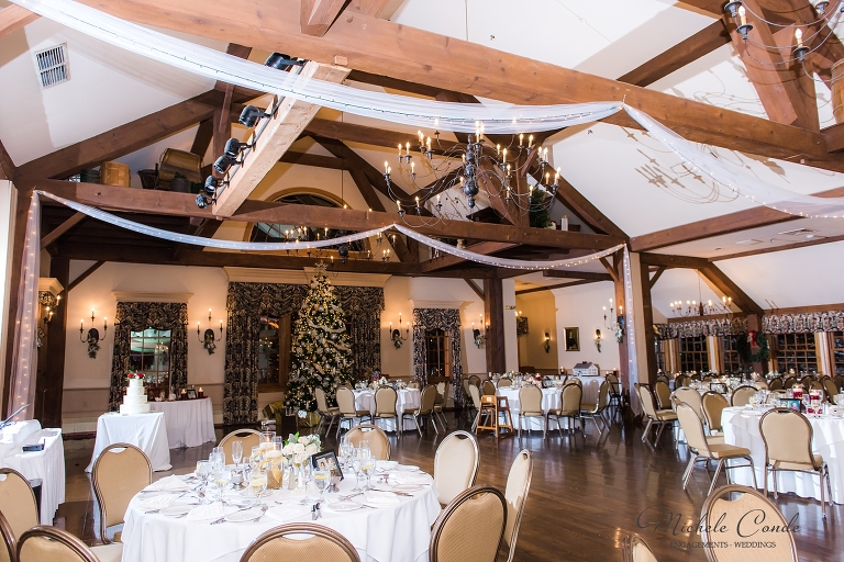 winter wedding at the publick house in sturbridge  ma